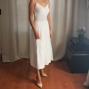 Gap White Full Maxi Skirt, Size 0. Double lined